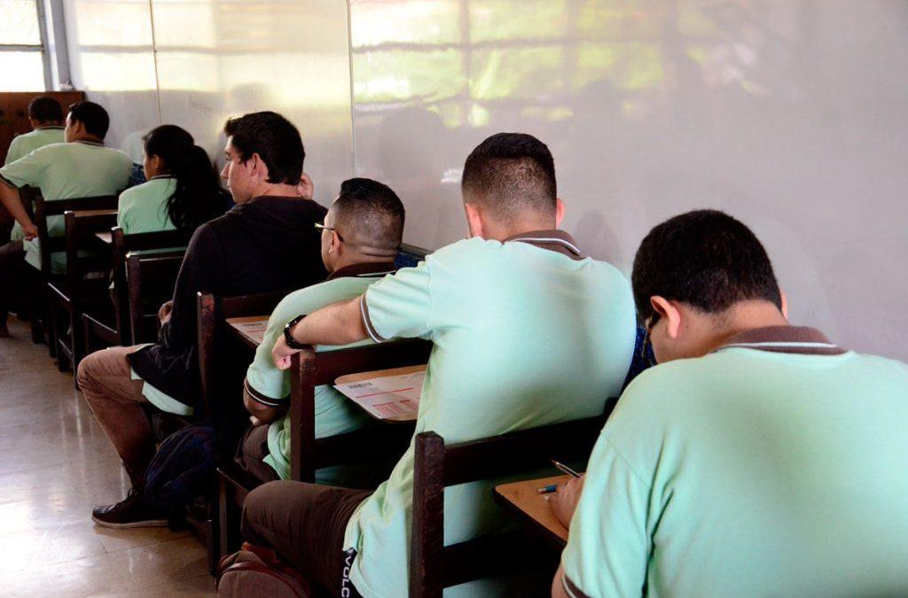 212 CENTROS EDUCATIVOS CUENTAN CON INTERNET POR FIBRA ÓPTICA