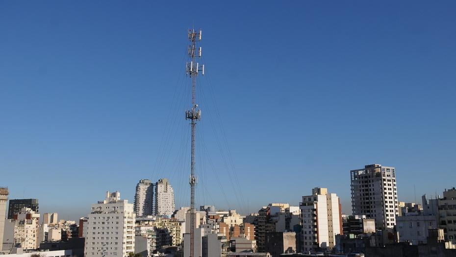 LANZAN CAMPAÑA OFICIAL PARA INSTALAR ANTENAS DE TELEFONÍA CELULAR
