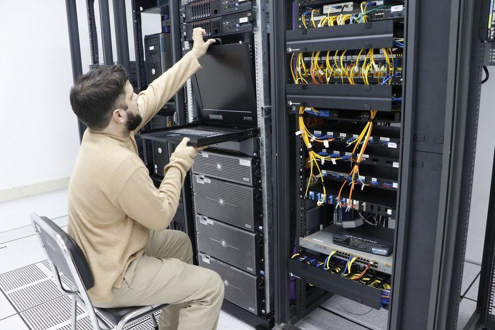 ESTUDIAN EFICIENCIA DEL CENTRO DE DATOS PARA BAJAR TARIFAS DE INTERNET
