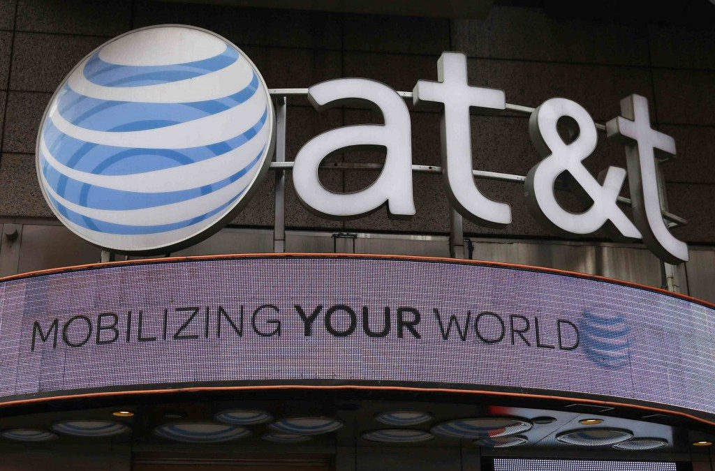 INGRESOS DE AT&T SE DISPARAN 24% POR COMPRA DE DIRECT TV