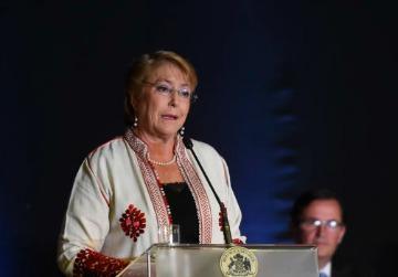 BACHELET ALERTA A LOS MEDIOS POR NOTICIAS FALSAS QUE CIRCULAN EN REDES SOCIALES