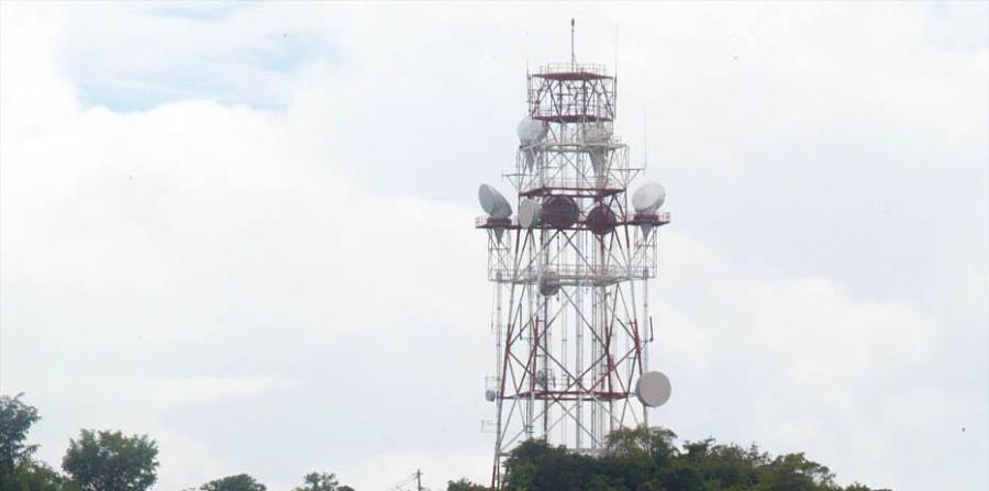 PROPONEN LIBERALIZAR LA INSTALACIÓN DE TORRES DE TELECOMUNICACIONES