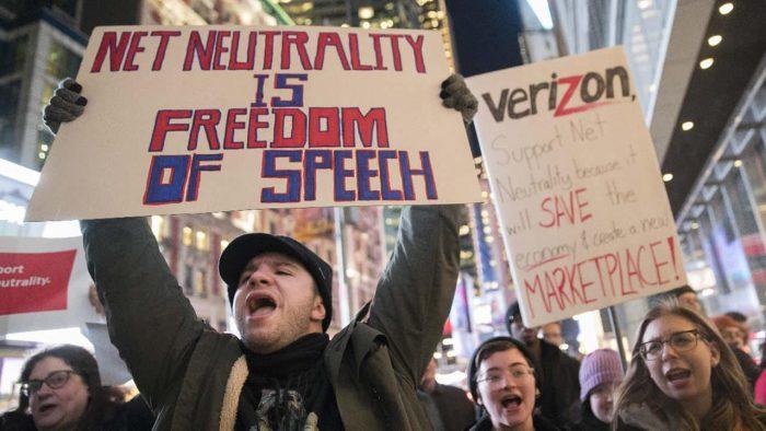 Senado estadounidense podría revocar la derogación de la neutralidad de red